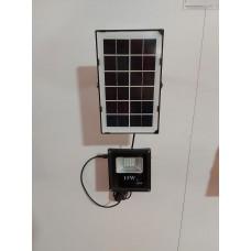 Proiector LED(15W) cu Panou Solar si telecomanda COD:SF-88015